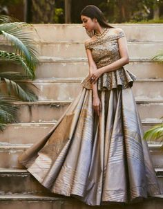 Latest Collection of Lehenga Choli Designs in the gallery. Lehenga Designs from India's Top Online Shopping Sites. Party Wear Indian Dresses, Designer Party Wear Dresses, Indian Fashion Dresses, Indian Bridal Outfits, Indian Gowns Dresses, Dress Indian Style, Indian Designer Outfits, Fashion Clothes, Bridal Dresses