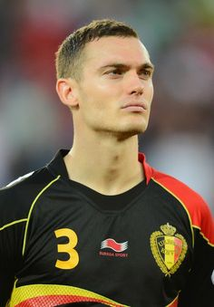 WHY THOMAS VERMAELEN IS PERFECT REPLACEMENT FOR VIDIC?  http://lifeismufc.blogspot.in/2014/06/why-thomas-vermaelen-is-perfect.html
