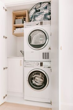 Looking to create the ultimate laundry? Interior designer, stylist and content sourcing assistant at Adore Home, Kate Moss shares with us her top four tips to designing a practical yet beautiful laundry. Laundry Nook, Small Laundry Rooms, Laundry Room Storage, Cupboard Storage, Laundry Room Design, Washing Basket, Greenhouse Interiors, Ceiling Storage, Laundry Room Inspiration