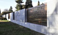 5 Gracious Tips AND Tricks: Fence Lighting Walks horizontal fence wire.Side Fence Gate wooden fence how to make. Front Yard Fence, Farm Fence, Backyard Fences, Fenced In Yard, Yard Fencing, Low Fence, Fence Landscaping, Steel Fence Panels, Privacy Fence Panels