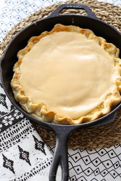 Brown Sugar Cinnamon Pop-Tart Pie