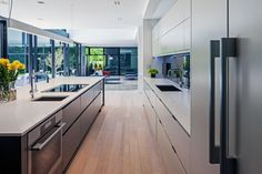 I'd lose weight in this kitchen bc I'd sit around just soaking in my environment instead of eating.