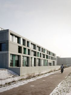 Image 4 of 23 from gallery of FOM Institute AMOLF / Dick van Gameren architecten. Photograph by Marcel van der Burg Science Park, Classical Architecture, Delft, Netherlands, Multi Story Building, Van, Gallery, Conception, Design