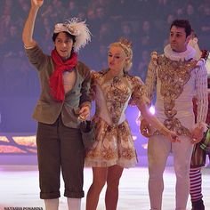 #iceskating #DALS #brianjoubert #figureskating #amazing #france #pattinaggio #patinage #patineuse #patinoire #figureskater #magnifique #sport #unique #hairstyle #gara #poitevin #babou #allez #brian #joubert #figureskate #athlete #gorgeus #gala #olympics #poitiers #legend #champion #patinageartistique