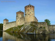 Castillo de Olavinlinna en Savonlinna en Finlandia
