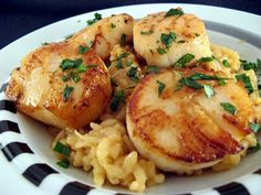 Pan-Seared Scallops with Risotto...a perfect Valentine's dinner idea?