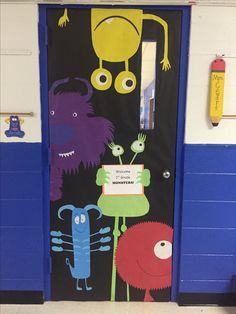 Halloween Classroom Door, Halloween Door Decorations, School Decorations, Monster Theme Classroom, Classroom Themes, Monster Bulletin Boards, Monster Room, Monster Nursery, Monster Door Decoration