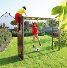 frame in the garden – make a fantastic play area for the children themselves Climbing frame wood highly stableClimbing frame wood highly stable Kids Outdoor Play, Outdoor Play Areas, Kids Play Area, Backyard For Kids, Outdoor Fun, Kids Play Equipment, Outdoor Play Equipment, Sports Equipment, Diy Playground