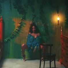 Rihanna in Wild Thoughts Video...living the color and theme.