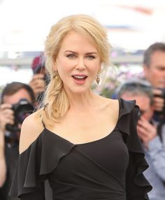 "Nicole Kidman at ""Top of the Lake: China Girl"" Photocall – 70th Cannes Film Festival May 23, 2017"