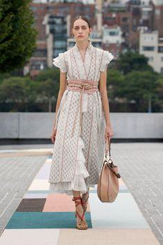 Fashion 2020, New York Fashion, Look Fashion, Runway Fashion, Fashion News, Fashion Show, Fashion Design, Fashion Trends, Fashion Models