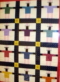 Vintage Uncle Sam Quilt, according to the blogger who posted this.  I owned one just like this..sold on Ebay  Hummmmm