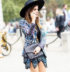 Printed boho dress with wide-brimmed hat // Photo: The Styleograph #MFW #streetstyle