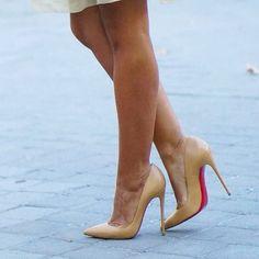 30 отметок «Нравится», 1 комментариев — @abracadabraistanbul в Instagram: «#highheels #heels #shoes #sexyshoes #sexyheels #stappysandals #strappysandal #toes #toe #feet…»