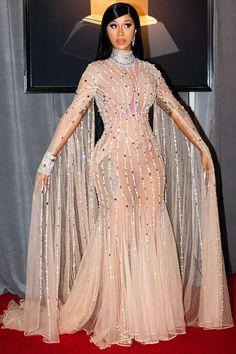 Cardi B Grammys, Grammy Fashion, Grammy Red Carpet, Grammy Outfits, Versace Gown, Red Carpet Fashion, Celebrity Red Carpet Dresses, Red Carpet Looks, Pink Dress