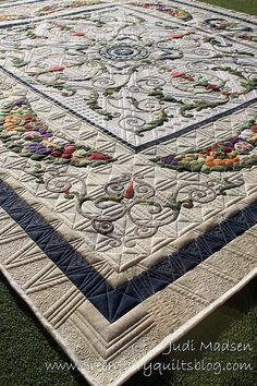 gorgeous quilting and applique work