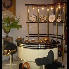 Antique Furniture, Home Furniture, Cat Bar, Home Bar Designs, Retro Vintage, Vintage Style, Retro Home Decor, Googie, 70s Hits