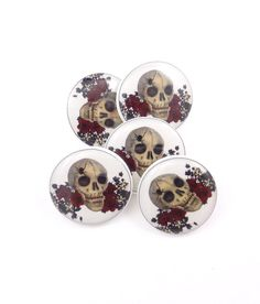 5 Skull and Roses Sewing Buttons Skull Handmade by onthedarkerside