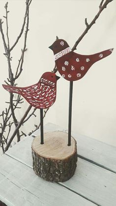 Christmas Bird, Christmas Makes, Primitive Christmas, Rustic Christmas, Christmas Projects, Christmas Ornaments, Bird Crafts, Diy And Crafts, Xmas Wreaths