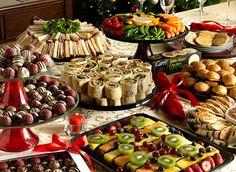69 Ideas Wedding Food Buffet On A Budget Appetizers Tapas, Graduation Food, Wedding Reception Food, Party Trays, Food Platters, Food Buffet, Buffet Tables, Food Displays, Food For A Crowd