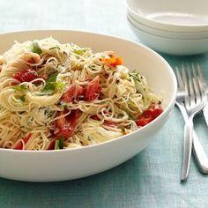 Spaghetti mit frischen Kräutern und Schafskäse | Weight Watchers