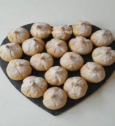 Çok lezzetli muhteşem bir kurabiye oldu bu İçi incirli cevizli poşetle sıkıp incir şekli vererek yapabilirsiniz Hem kolay hem farkl..