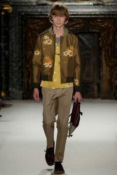 Valentino Spring 2016 Menswear Fashion Show: Complete Collection - Style.com