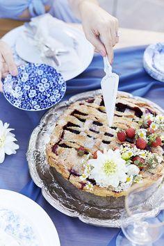 Triple-Berry Lattice Pie
