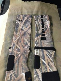 Nike Shoes OFF! ►► Custom Nike Elite Socks Marsh Camo from Sock Insanity Nike Shoes Cheap, Nike Free Shoes, Nike Shoes Outlet, Cheap Nike, Nike Elite Socks, Nike Socks, Sport Socks, Air Max Thea, Sock Shoes
