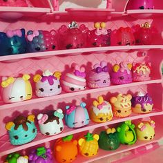 My Daughters New Num Nom case! Num Noms Toys, Cute Squishies, Cool Toys For Girls, Barbie Accessories, Fidget Toys, Cute Toys, Fun Crafts For Kids, Kawaii Art, Shopkins