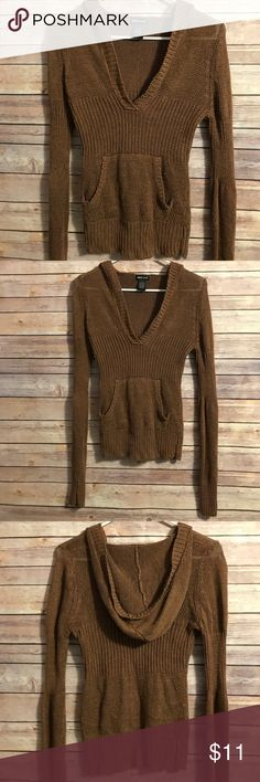 Wet seal light brown knit hoodie pullover Wet seal light brown knit hoodie pullover. V neck line. Kangaroo pocket, perfect layering piece! Fast shipping💌💕 Wet Seal Tops