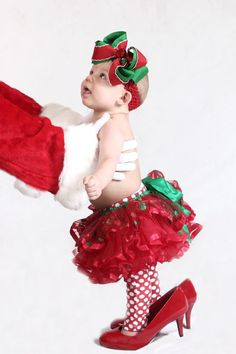 Cute baby pic Baby Christmas picture; would have to dress Jackson in boy clothes though!