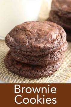 These rich, fudgy brownie cookies from Preppy Kitchen are a chocolate-lover's dream that just melt in your mouth. Mix up in one bowl in just a few minutes for the best treat! Best Dessert Recipes, Desert Recipes, Easy Desserts, Cookie Recipes, Delicious Desserts, Baking Recipes, Easy Recipes, Keto Recipes, Hot Chocolate Cookies