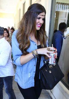 Khloe Kardashion - waste of space Khloe Kardashian Hair, Kardashian Dresses, Kardashian Jenner, Kardashian Style, Curvy Fashion, Fashion Beauty, Women's Fashion, Fashion Ideas, School Fashion
