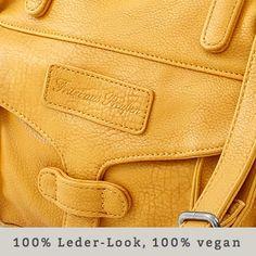 Fritzi aus Preussen. 100% Leder-Look, aber 100% vegan. Das Kunstleder, das täuschend echt ist.