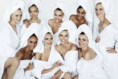 """Mario Testino shares the newest additions to his exclusive """"Towel Series:"""" Joan Smalls, Edie Campbell, and Fei Fei Sun. Joan Smalls, Mario Testino, Gigi Hadid, 3 Group Halloween Costumes, Kendall Jenner, Teen Star, Towel Series, Fei Fei Sun, Elle Mexico"""