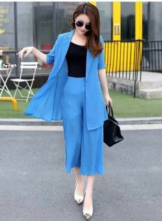 But with sneakers Stylish Work Outfits, Stylish Dresses For Girls, Pretty Outfits, Casual Dresses, Casual Outfits, Indian Designer Outfits, Designer Dresses, Fashion Wear, Fashion Dresses