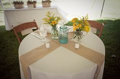 burlap table decs