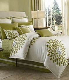"Candice Olsen ""Fantasy Flower"" bedding - need to find this"