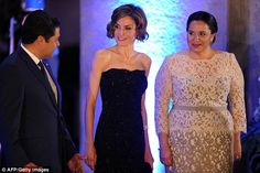 Doña Letizia arrived at the dinner with the Presidentof Honduras Juan Orlando Hernández and First Lady Ana García.