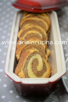 Blog di cucina di Aria: Fette biscottate bicolori, con lievito madre, senza uova, al cacao