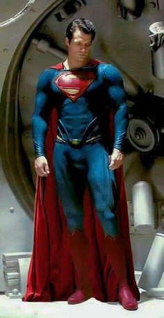 Henry Cavill as Superman Superman Artwork, Superman Wallpaper, Superman Movies, Superman Family, Comic Movies, Superhero Movies, Mundo Superman, Batman Vs Superman, Superman Henry Cavill
