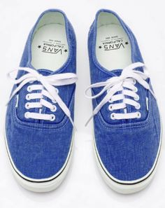 7aec3068dad Can t go wrong with a pair of Vans Pretty Shoes