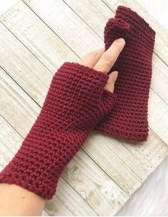 Crochet Mittens Free Pattern, Fingerless Gloves Crochet Pattern, Crochet Shawl, Crochet Stitches, Crochet Patterns, Crochet Ideas, Half Double Crochet, Single Crochet, Crochet Hand Warmers