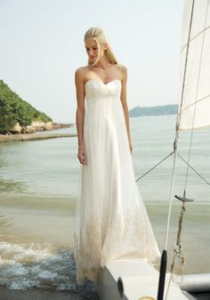 Online Sale A-line Sweetheart Enticing Strapless Applique Sheathy Beach Wedding Dress (BWD-010)