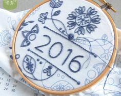 Fai da te Calendario Tessuto Pannello floreale 2016 calendario coordinata con filo e le istruzioni pera verde, creare il proprio calendario 2016