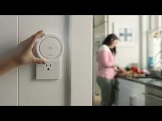 ▶ ••Leeo•• Smoke/Carbon Monoxide Alarm Monitoring + Nightlight! • idea: if you do not wish to replace all your investment in alarms by buying SmartHome alarms as Nest at $99, buy the $99 Leeo that monitors several alarms - as if it's digitizing your old devices ; ) •iOS + Android