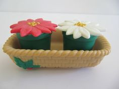 Flowers Salt and Pepper by Modred12 on Etsy, $8.50