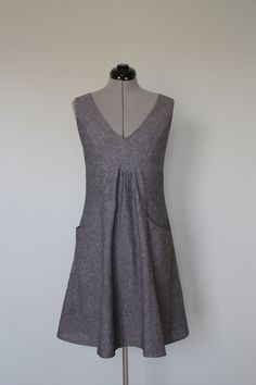 View details for the project Grey linen dress with pockets on BurdaStyle.  Butterick 56539