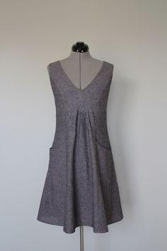 Grey linen dress with pockets Butterick 5639